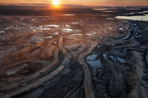 Alberta's tar sands (National Geographic)